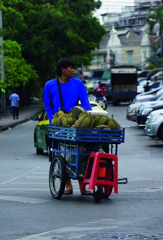 Дуриан, запрещенный тайский фрукт