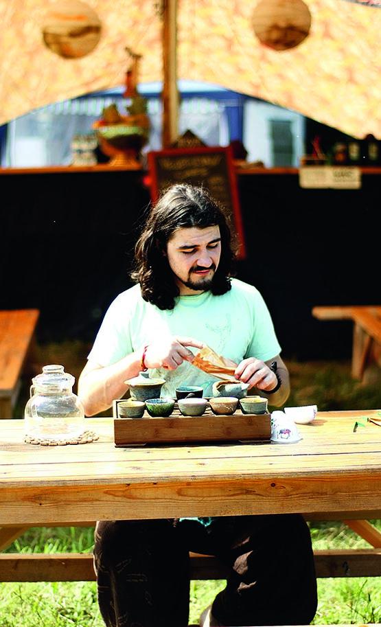 Мастер чайной церемонии - об искусстве заваривать чай и создавать атмосферу чаепития