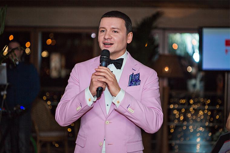 Александр Олешко in