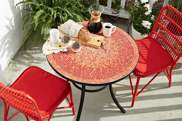 Crate and Barrel Outdoor Collectin in7