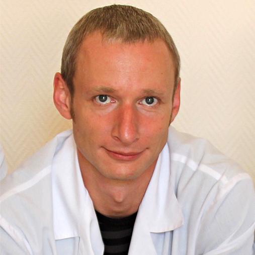 Петр Безменов