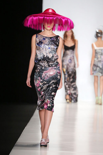 Eclectic-Mercedes-Benz-Fashion-Week-Giles