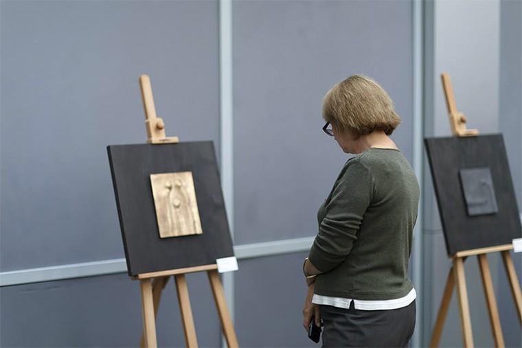G8-Gallery Прикосновение Борис Черствый in7