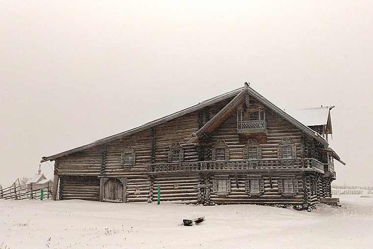 Дом карельского крестьянина на территории музея «Кижи»