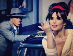 Кадр из клипа Cheryl Cole «Under the sun»