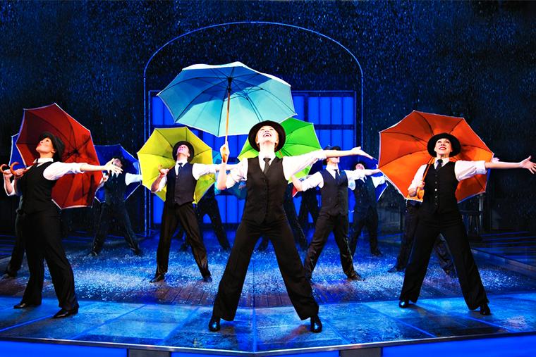 мюзикл поющие под дождем скидки смп