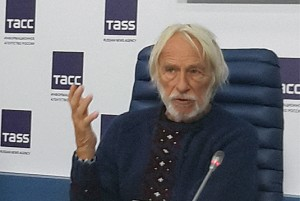 Пьер Ришар, пресс конференция