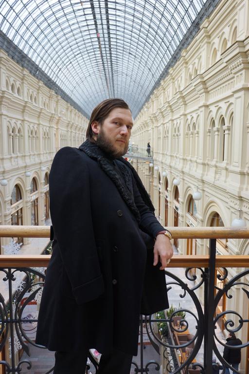 Петр-Аксенов-ЦУМ-б