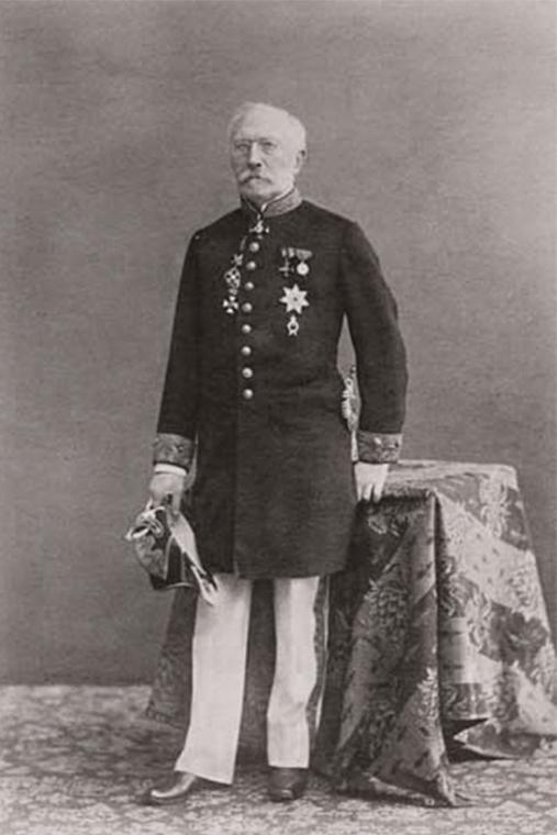Карл фон Сименс в дворянском мундире