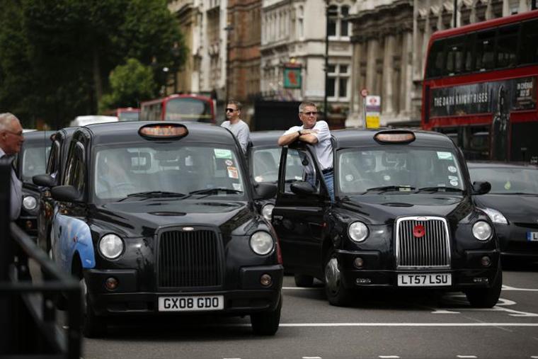 taksi-v-raznyx-stranax-mira-london-in