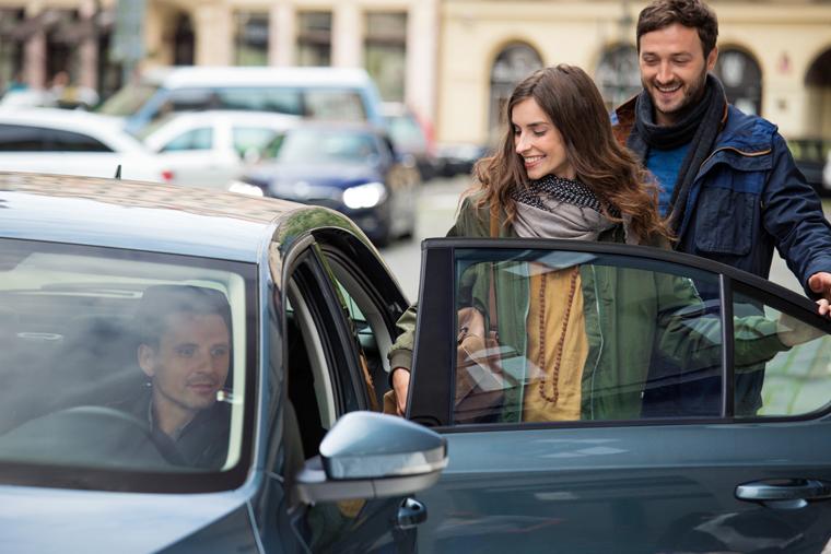 taksi-v-raznyx-stranax-mira-moskva-in