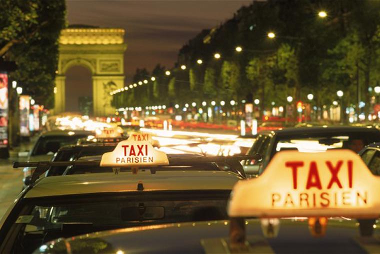 taksi-v-raznyx-stranax-mira-parizh-in
