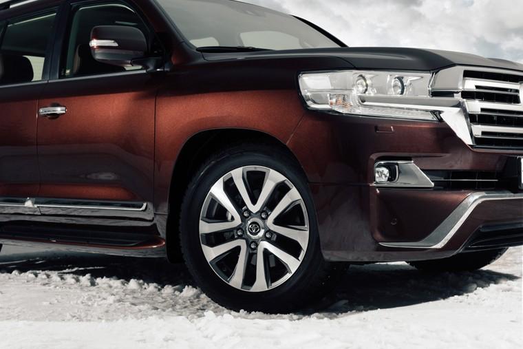 Toyota Land Cruiser 200 Executive 2 in