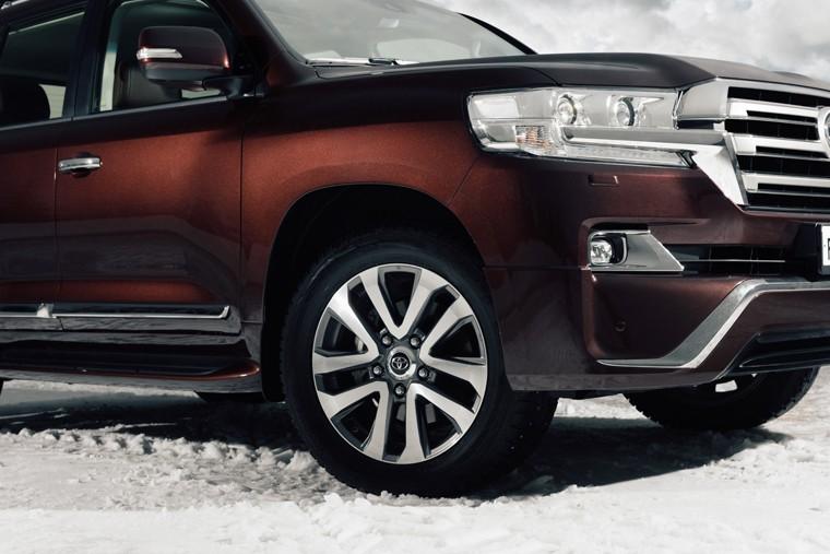 Toyota Land Cruiser 200 Executive 3 in