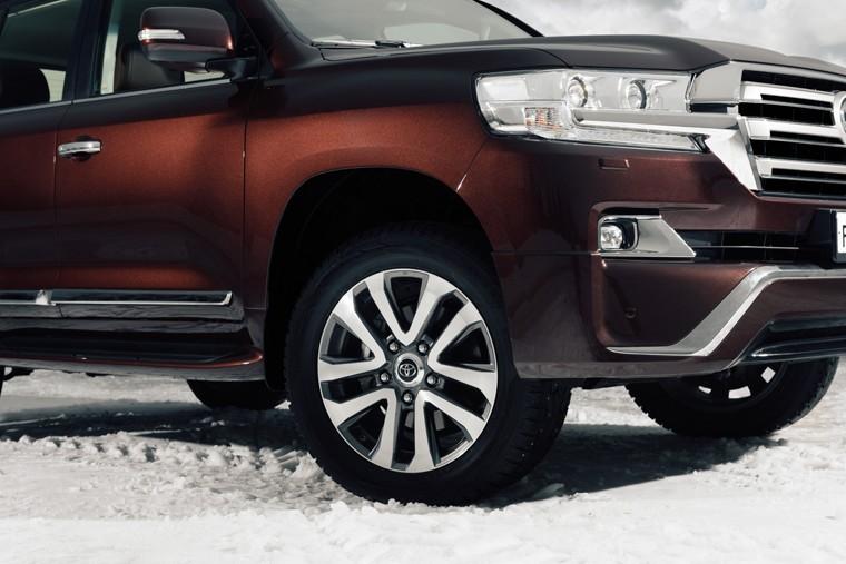 Toyota Land Cruiser 200 Executive 4 in