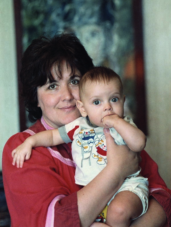 Виктория Токарева с внуком Петей600