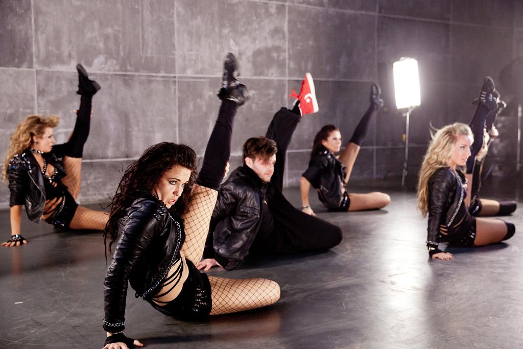 dance1-b
