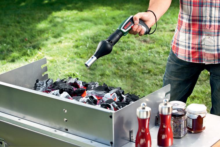 шуруповерт Bosch IXO V, насадка BBQ