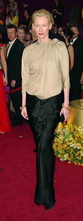 at the 81st Annual Academy Awards. Kodak Theatre, Hollywood, CA. 02-22-09